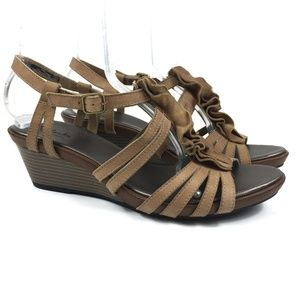 Clarks Brown Ruffle Leather Wedge Sandals Size 10